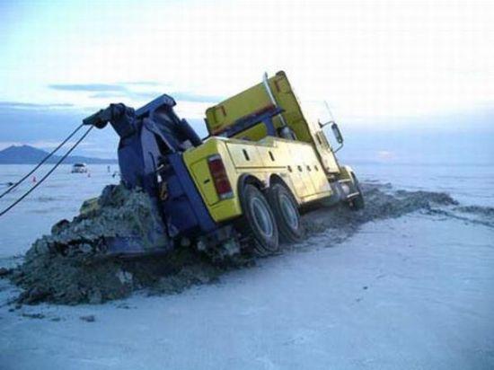 Buzlar eridi arabalar böyle pert oldu galerisi resim 12