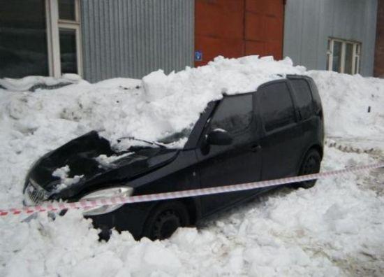 Buzlar eridi arabalar böyle pert oldu galerisi resim 9
