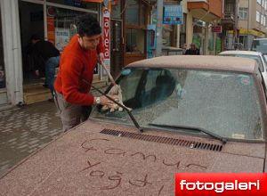 Eskişehir'e toz, Bolu'ya çamur yağdı