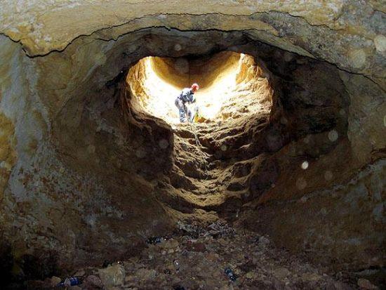 Efsanelere konu olan 90 metrelik mağara... galerisi resim 1