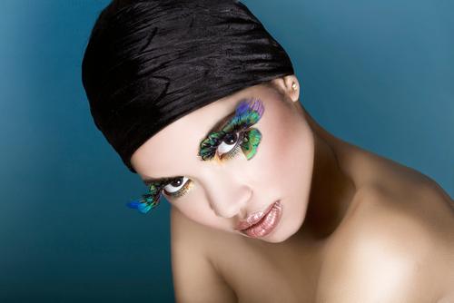 Doğru makyajla her kadın güzel! galerisi resim 3