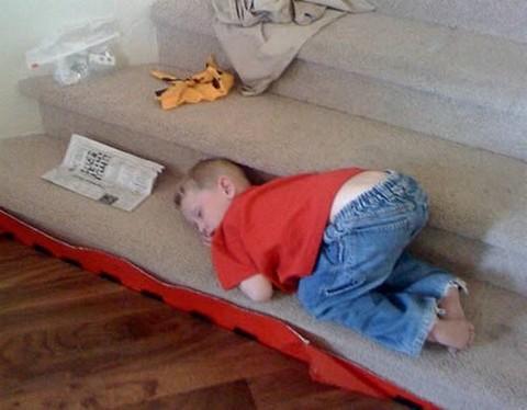 Komik uyku pozisyonları galerisi resim 1