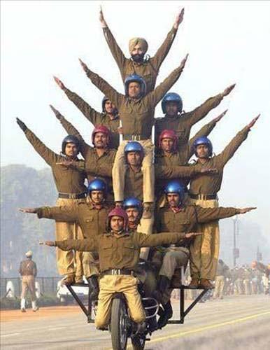 Askerlerin komik halleri galerisi resim 1