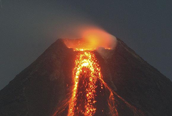 Mayon volkanı galerisi resim 1