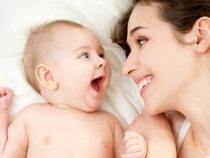 Emziren annelere 6 adımda beslenme önerileri (1-7 Ekim Emzirme Haftası)