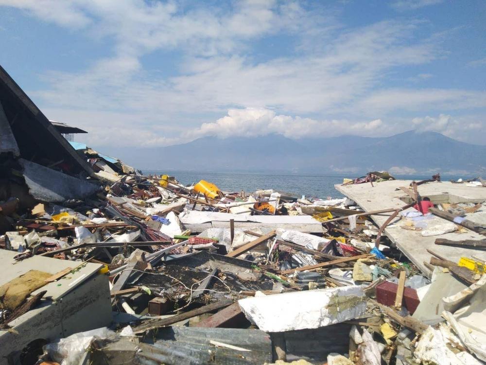 Endonezya'daki deprem: Ölü sayısı bin 203'e yükseldi galerisi resim 15