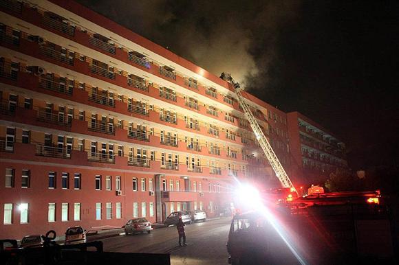 Süreyyapaşa Hastanesinde yangın