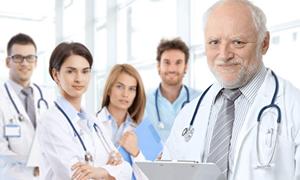 Türkiye'de 592 kişiye 1 doktor düşüyor
