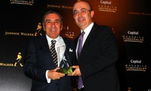 'En başarılı ve genç genel müdür' ödülü Uğur Genç'e verildi