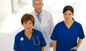 Yurtdışına çıkana sağlık ücretsiz emeklilik kayıpsız!