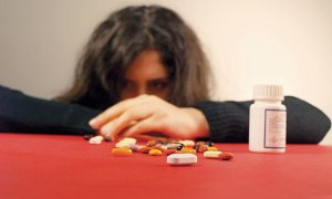 """TEİS: """"Bilinçsiz ilaç tüketimi gelecek nesillerin sağlığını çalıyor"""""""