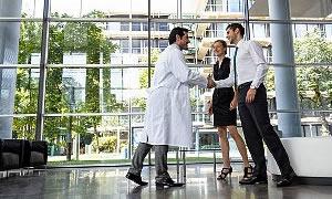Rekabet Kurulu: Doktorlar tanıtım bağımlısı