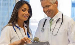 Sağlıkçılara beden dili dersi