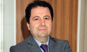 Prof. Dr. Şevki Erdem 'Yılın Doktoru' seçildi