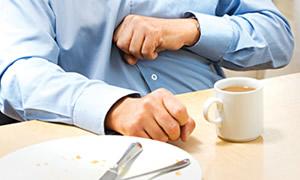 Mide sağlığı için yemeğe aşırı yüklenmeyin