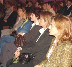 16 bin katılımlı kongre