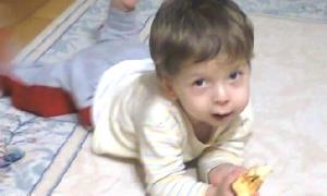 Acil serviste muayene edilip gönderilen çocuk, beyin kanamasından öldü