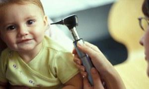 Her çocuk iki kez orta kulak iltihabı geçiriyor