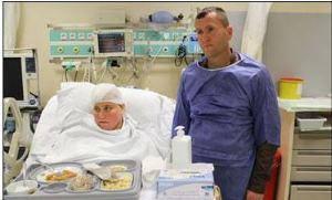 Konuşarak beyin ameliyatı oldu!