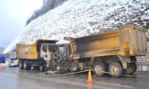 Kazaya yardıma giden sağlık teknisyeni yanarak öldü