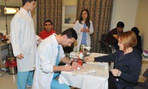 Acıbadem Aile Hastanesi çalışanlarından kan bağışı