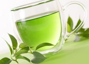 Obeziteyle karşı: Yoğurt, badem ve yeşil çay