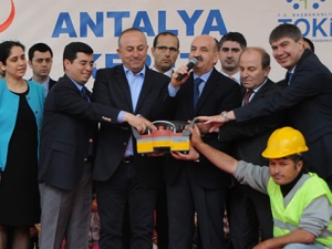Antalya'ya iki yeni hastane