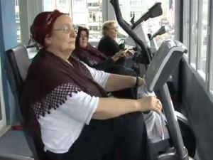 70'lik teyzeler obeziteye savaş açtı