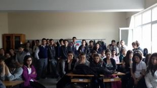 Sgk'dan Okullarda Eğitim Verilmeye Başlandı