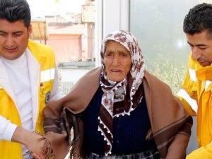 113 yaşındaki kadından ders gibi hareket