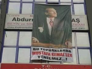 Sağlık Müdürlüğü: Muayenehanenin kapatılma sebebi Atatürk posteri değil