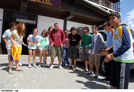 Bursa Gençlik Kampı'nda domuz gribi şüphesi