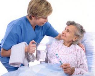 SGK, hekimlere felçli hasta bakma sınırı getirdi!