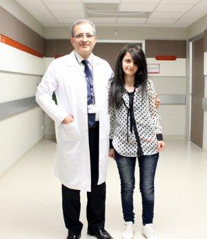 Dikilen Ayakları İle Doktorunu Ziyaret Etti