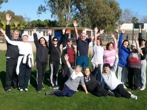 AÜ'DE meme kanserli kadınlara spor terapisi