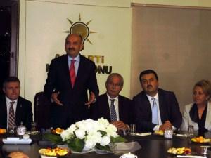 """Bakan Müezzinoğlu'dan """"17 Aralık"""" göndermesi"""