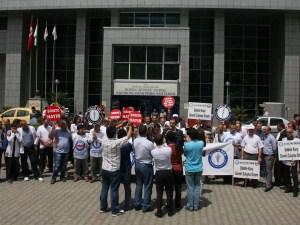 Sağlık çalışanlarına saldırıyı kınadılar