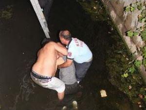 Spor yaparken 5 metrelik kanala düştü