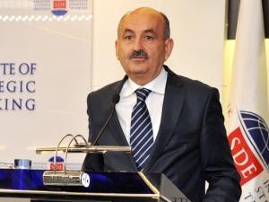 Müezzinoğlu, yeni sağlık projelerini anlattı