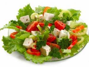 Dr. Aslan, yaz aylarında doğru beslenme uyarısı yaptı