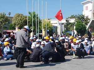 Taşeron işçilerden hastane önünde eylem