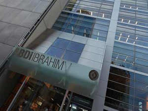 """Abdi İbrahim Almanya'daki """"AOK"""" sağlık kurumuyla anlaşma imzaladı"""