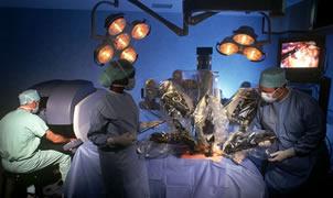 İki robotla prostat ameliyatı