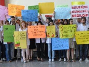 Kahramanmaraş'ta asistan hekimler iş bıraktı