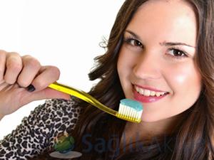Türkiye'nin yüzde 14'ü diş fırçalıyor!
