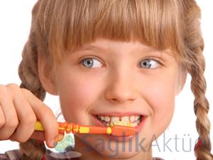 Gezici tırla 5,5 milyon çocuğa ağız-diş taraması yapılacak