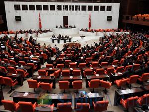 2015 yılı bütçesi Meclis'e sunuldu