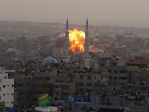 İsrail Gazze'de kaldığı yerden devam ediyor