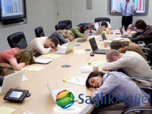 Aşırı uyuyanlara 'şekerleme' için doktor raporu