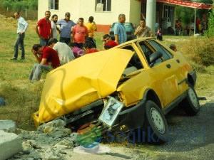 Hamile eşini eve bıraktı, kazada öldü